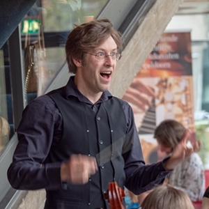 Nieuwe dirigent Rob Kaptein
